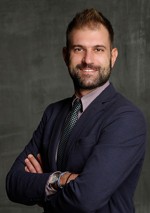 Μιχαήλ Μικρού, δικηγόρος